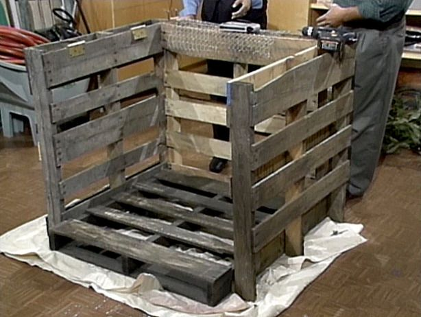 How to make an inexpensive compost bin