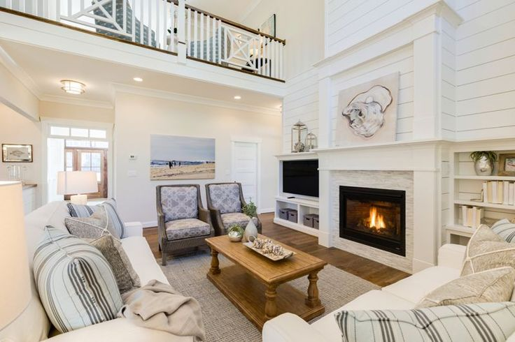 An oyster shell was the inspiration for the 2017 Coastal Virginia Magazine Idea House, a partnership between Coastal Virginia Magazine and Stephen Alexander Homes and Neighborhoods. Located in Ashb…