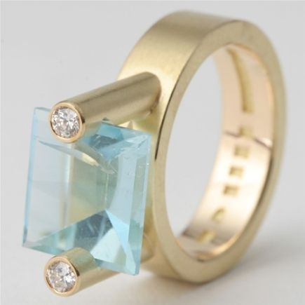 Jarek Westermark - This is probably the most beautiful ring I have ever see in my whole entire life and I am not being sarcastic. Dramatic maybe. Oh, it is just so lovely and unique that I am gushing.