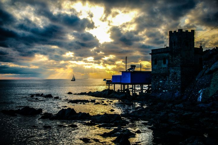Vernazzola al tramonto - G. Bardelli  #genova