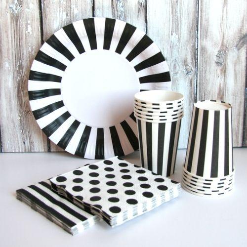 Paper Eskimo Black Tie Tableware Set