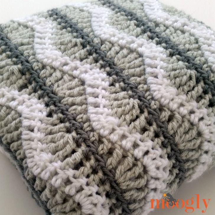 Greyson Baby Blanket - free crochet pattern on Mooglyblog.com!