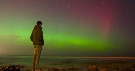 Ζητείται υπάλληλος για να κοιτάει το Βόρειο Σέλας ~ VIRAL TV - Ειδησεις