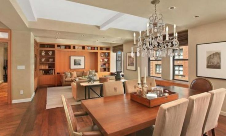 With Peter Madoff due to go to prison for ten years for fraud, his family have put his $4 million New York apartment up for sale for $100,000 less than they paid for it.