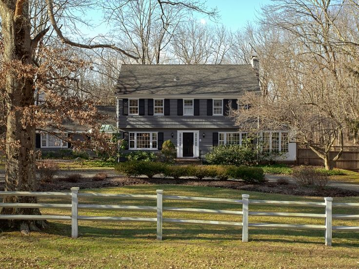 15 best what is a garrison colonial house style images on pinterest colonial front porches for Updated colonial home exterior