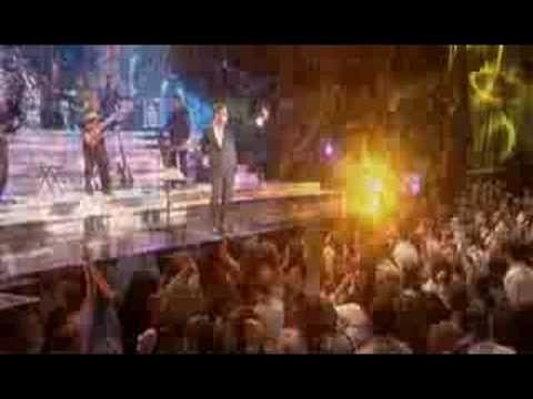 Besame Mucho - Luis Miguel en vivo