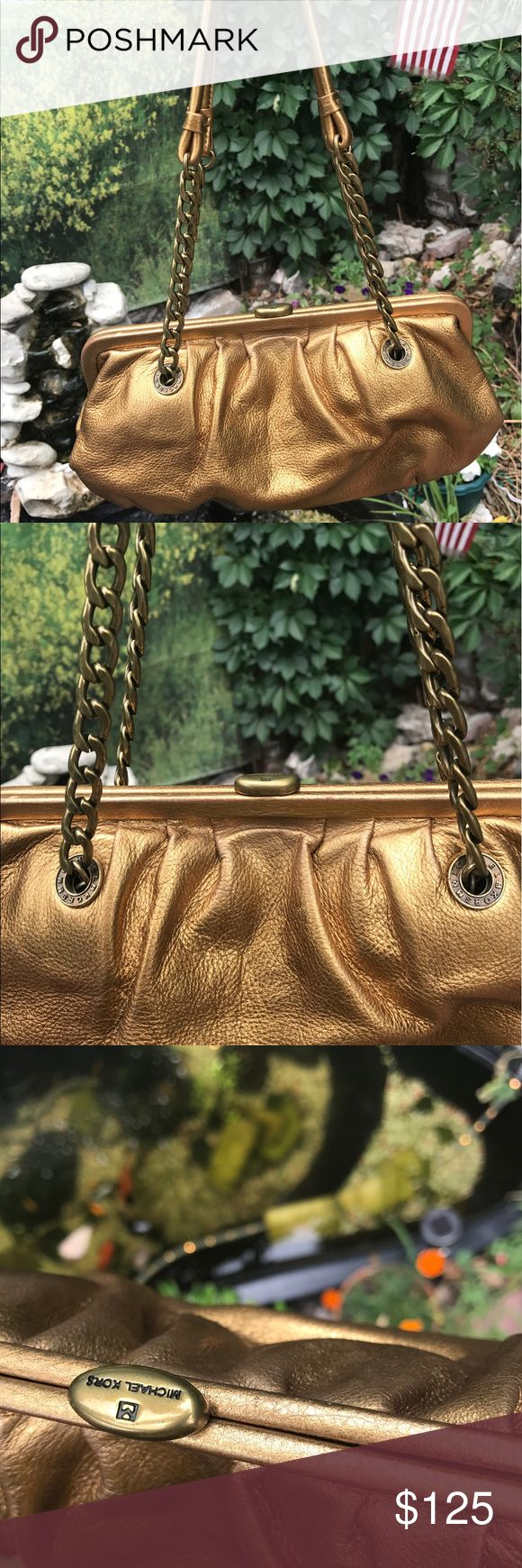 NEW MICHAEL KORS GOLD CHAIN LINKED BAG! 😍🔥 AUTHENTIC MICHAEL KORS GOLD CHAIN LINKED BAG! 😍🔥Brand New! Never Used!! Sexy and Beautiful!! Definitely a head turner!! Gorgeous chain linked strap with gold clasp closure!! Absolute stunner!! AUTHENTIC MICHAEL KORS GOLD CHAIN LINKED BAG! 😍🔥 No stains, tears or odors!! Smoke/Pet Free Home!! Bundle & Save!! MICHAEL Michael Kors Bags