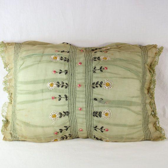 Années 1930 Antique rare brodé coussin Boudoir charge nouvelle vert sauge