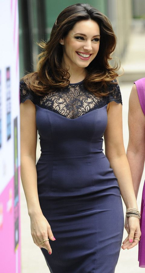 Kelly Brook Attends High Street Fashion Awards