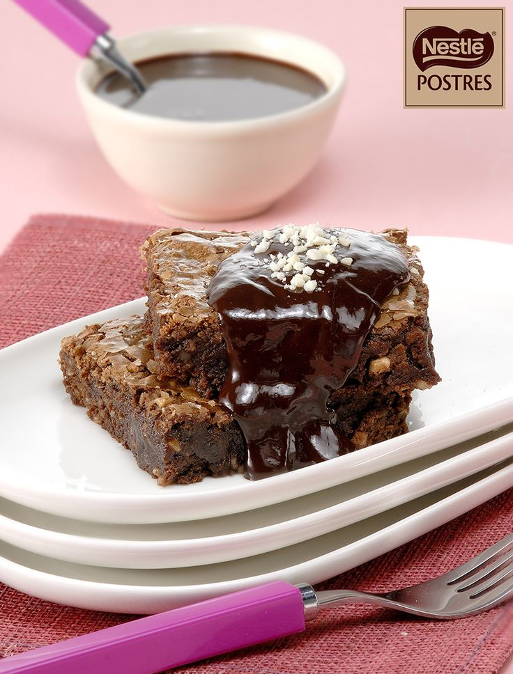 Brownies de almendras con chocolate a la canela