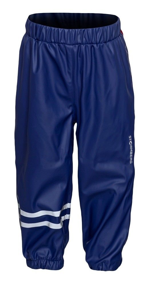 Saule rain pants are light and comfortable with stretch for increased mobility.