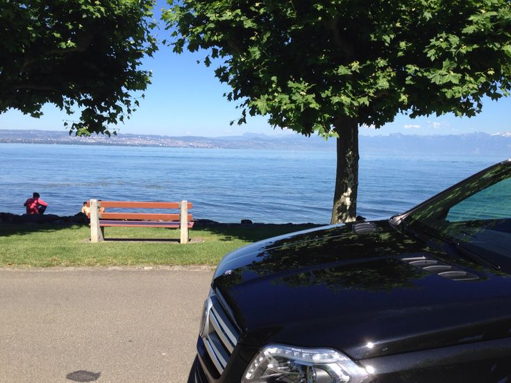 Executive Limousine Services in Saint-Prex at Lake Geneva wwww.executive-limousines.ch
