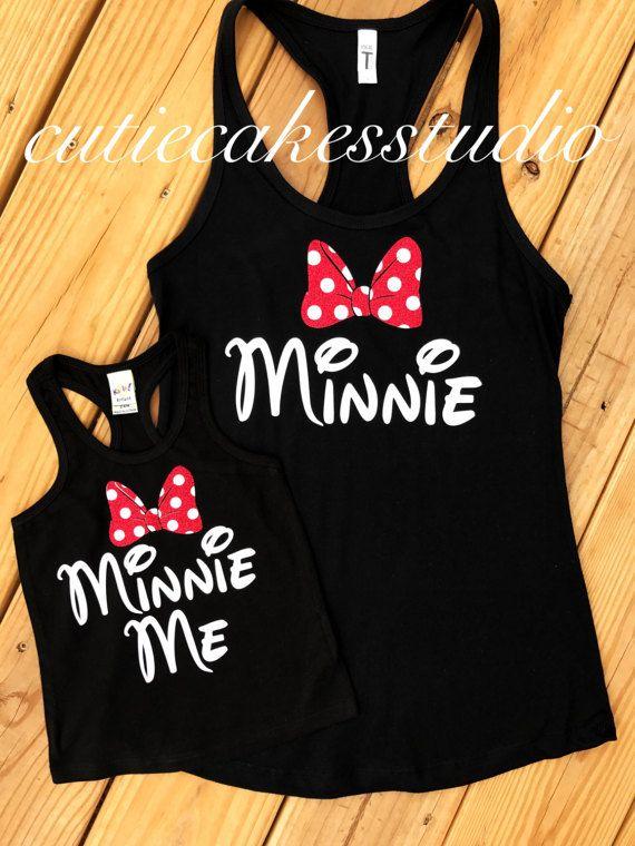 Camiseta Disney tanque minnie me monograma de mundo de minnie