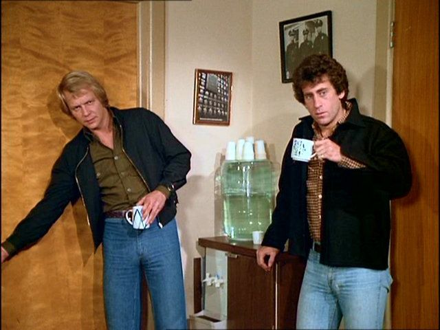 1000 images about starsky hutch on pinterest cops ford torino and search. Black Bedroom Furniture Sets. Home Design Ideas