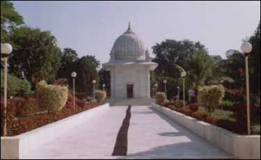 Rampura Mazar Booking for Dawoodi Bohra - Mumineen Travel Portal