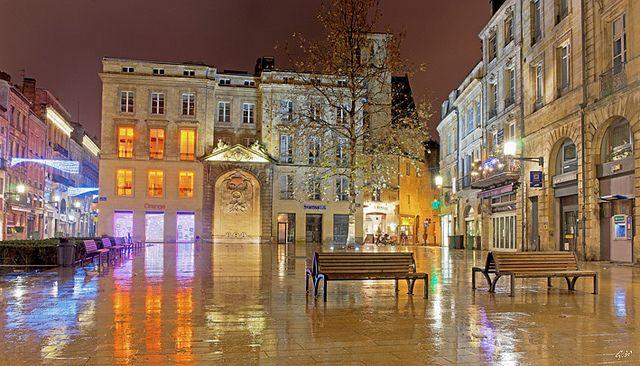 Place Saint Projet, Bordeaux. by gille33, via Flickr