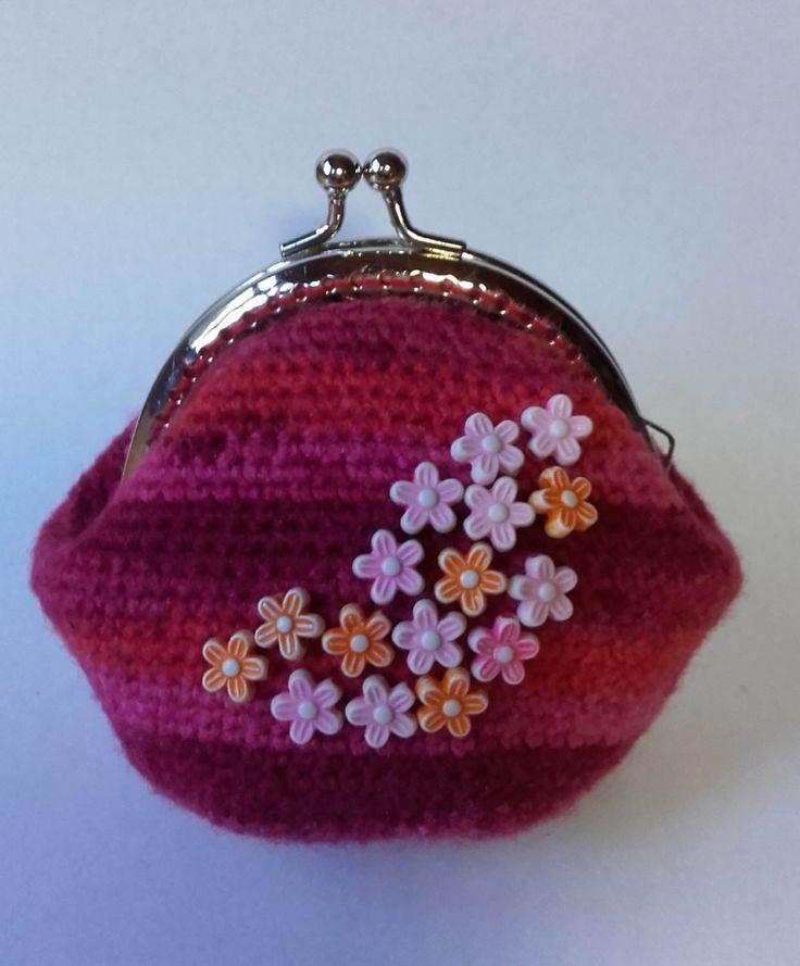 Beaded Crochet Coin Purse by BessFlowerPots on Etsy