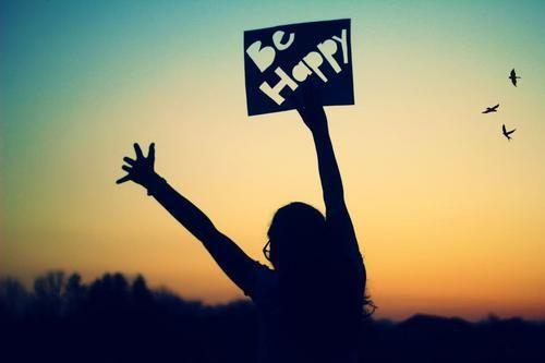 """""""La vida es un eterno dejar ir. Solamente con las manos vacías podrásagarrar algo nuevo""""Anónimo #frases para ser #feliz"""