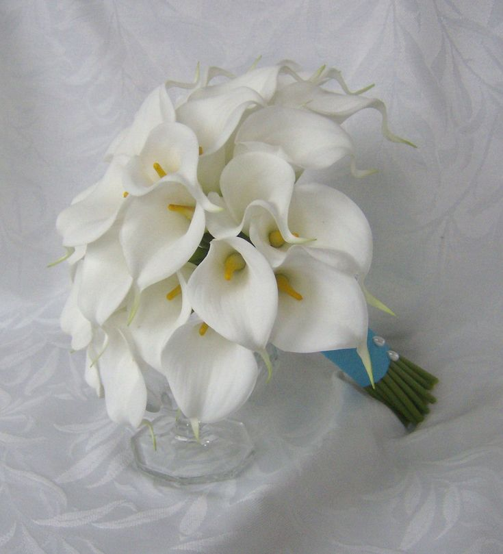 Calla lily wedding bouquet simple elegant Real touch mini white calla lily bridal bouquet Photos are from previous bridal sets - Please note - this listing is for 2 bridesmaids bouquets using the long stem calla lilies in photo 5 - not the number of bouquets pictured • This