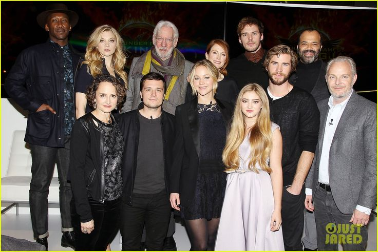 Jennifer Lawrence, Liam Hemsworth & Josh Hutcherson with the cast including Julianne Moore, Sam Claflin, Natalie Dormer, Willow Shields, Donald Sutherland, director Francis Lawrence, and many more at Mockingjay Press Conference In New York City. (15-11-14)