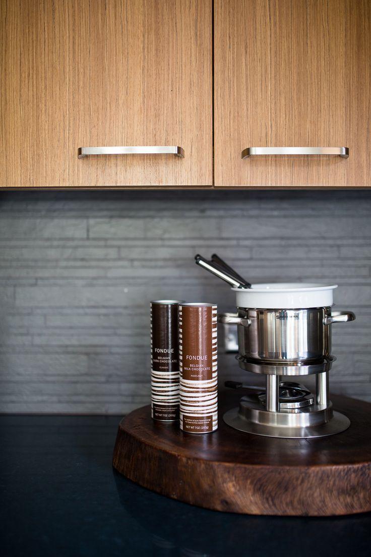Indulgence – chocolatey interior kitchen / Lincoln Black Label