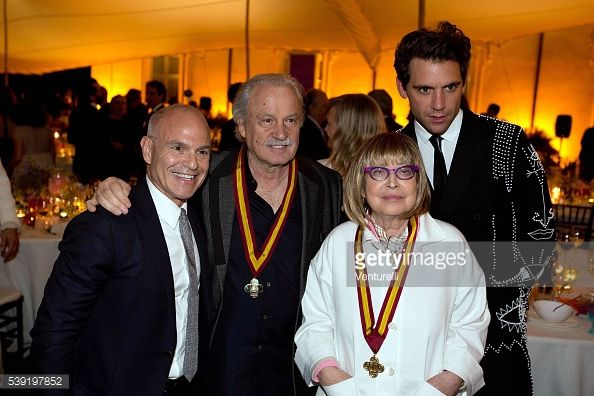 mark-robbins-giorgio-moroder-patrizia-cavalli-and-mika-attend-mckim-picture-id539197852 (594×396)