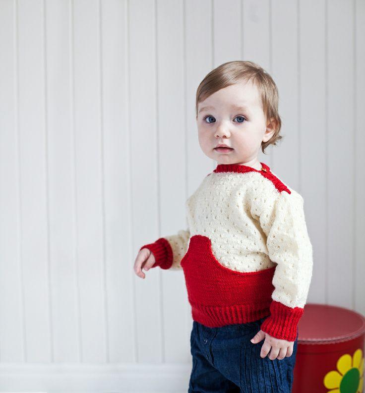 "Pocket sweater from the 70/80s design collection ""Barnestrikk fra Mørkeloftet"". Fun designs from Sandnes Garn."