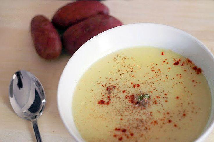 Velmi jednoduchý a přitom chutný pórkovo-bramborový krém. | Veganotic