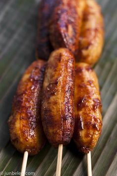 we had these at a luau in Hawaii, and also at a roadside market on the north shore... surprisingly good!!!  (fried bananas with brown sugar)