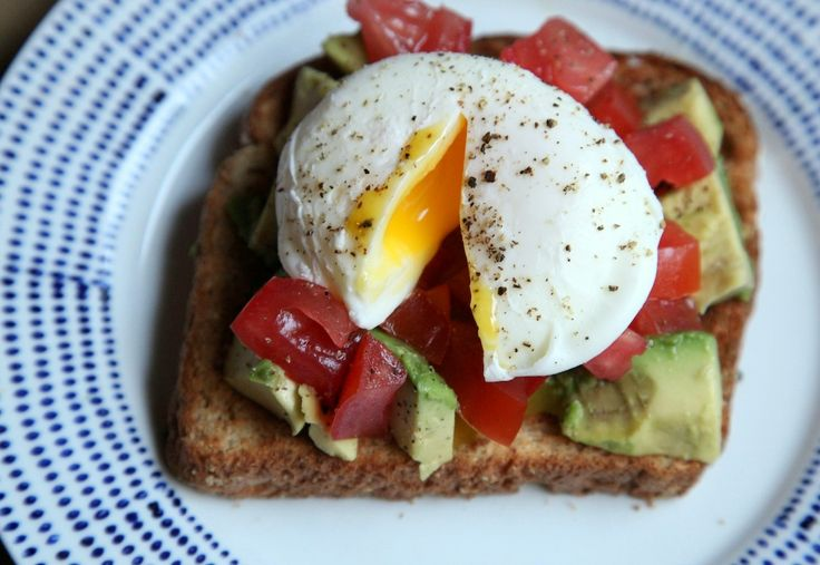poached egg on toast with avocado & tomato - yes please :)
