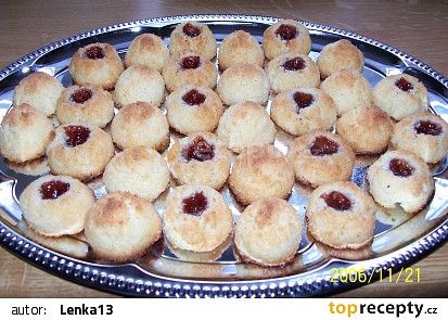Kokosové kloboučky (kokosky) recept - TopRecepty.cz