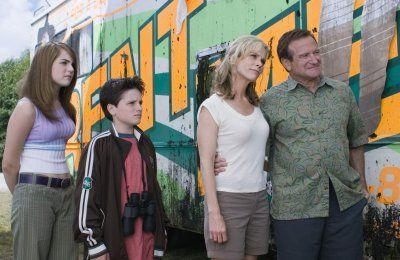 magyarul beszélő, angol-német-amerikai családi vígjáték, 98 perc, 2006  Bob Munro Robin Williams Jamie Munro Cheryl Hines