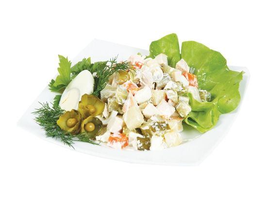 Цезарь салат яйцо, зеленый салат, грудка, сыр
