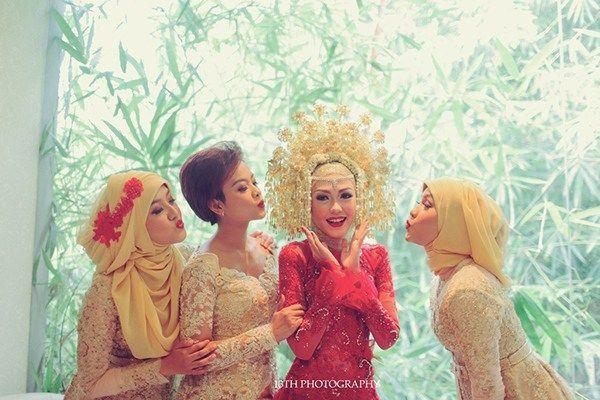 Pernikahan Adat Minang Andina dan Angga di Jakarta