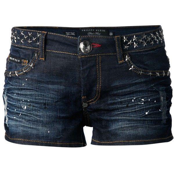 PHILIPP PLEIN studded denim shorts (3.050 NOK) ❤ liked on Polyvore featuring shorts, bottoms, pants, short, jean shorts, denim short shorts, philipp plein, star shorts and studded denim shorts
