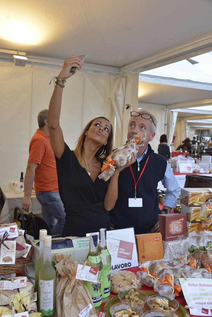 ...le prelibatezze di Conti...nel selfie di Serena (Ph. Foto Studio Azais)