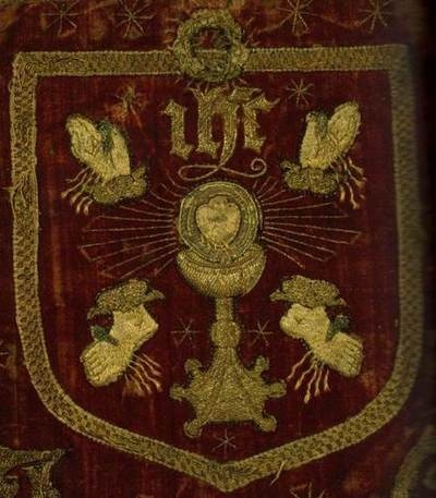 This is the banner that was used in the 1536 - 1537 uprising against Henry VIII, the Pilgrimage of Grace, which was led by Robert Aske. In the rebellion, people marched under the banners of the five wounds of Christ, in opposition to the religious changes that were being made by Henry VIII. The rebels were pardoned and offered some terms in December 1536 but 200 leaders, including Aske, were arrested and executed less than six months later.