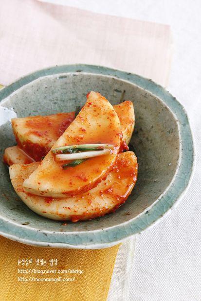 [문성실] 석박지-곰탕, 설렁탕, 순대국에 최고의 김치...^^2011/12/21 13:03 요즘들어 날씨가 추워서인지 ...