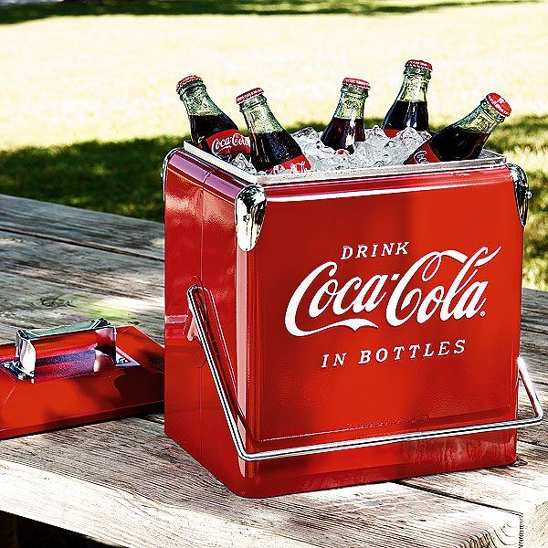 Nothing says Summertime in the South like ice-cold Coca Colas!  :) LOVE this Coca-Cola Picnic Cooler!