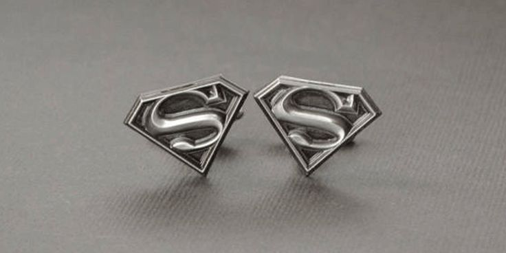 These handmade Superman Cuff links makes a great gift for groomsmen or an awesome Christmas present.