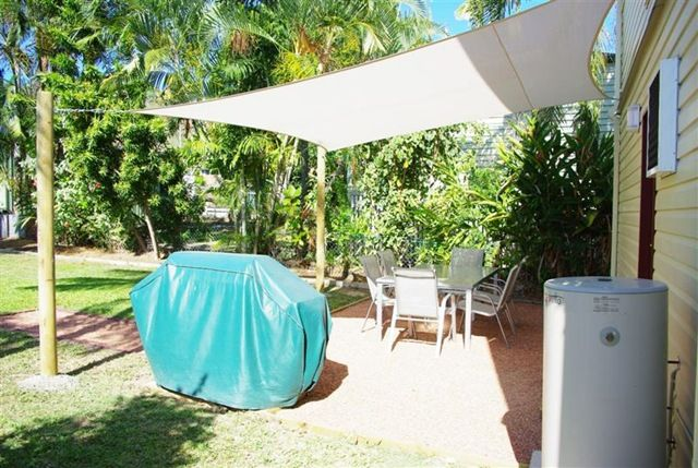 How To Install A Shade Cloth Sail Cover For A Patio Deck