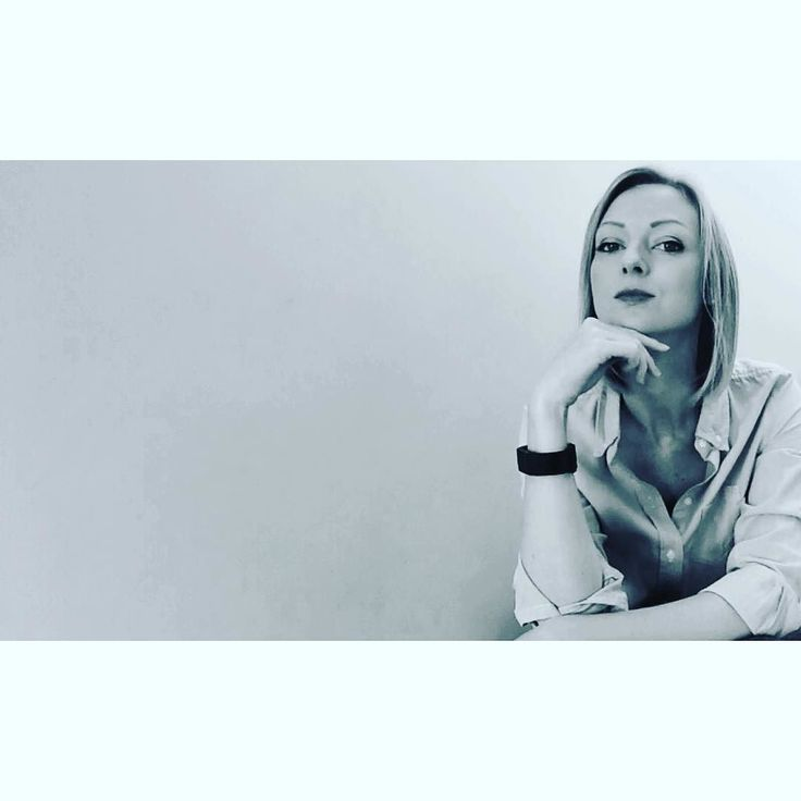 Creating images for my new website! Excited to launch it in a few weeks time! http://ift.tt/2gq1dB7 #watchthisspace #lifecoach #dreambig Lets connect on facebook: http://ift.tt/2gq1dB7