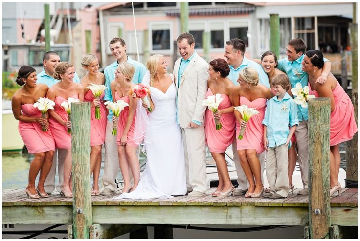 coral aqua wedding. I LOVE this color combo. So beachy!