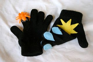 Toddler Activities: Itsy Bitsy Spider Gloves