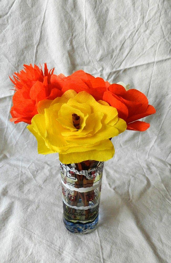 Dekoratiuni: Flori din hârtie creponată