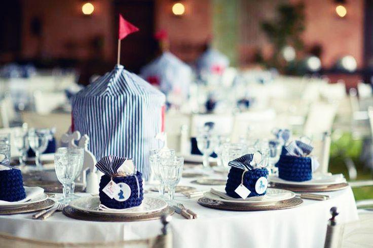 Carnival party table decoration   Poshum   Photo credits: Photostudio gt
