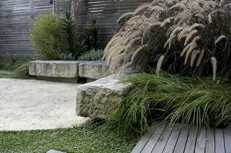 Low stone wall/bench