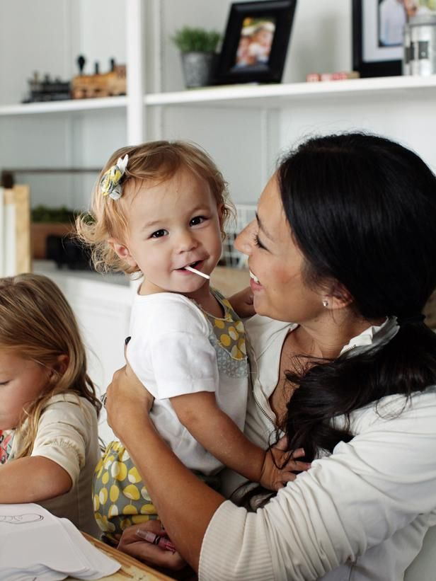 Joanna gaines nationality google search fav designer for Pictures of chip and joanna gaines
