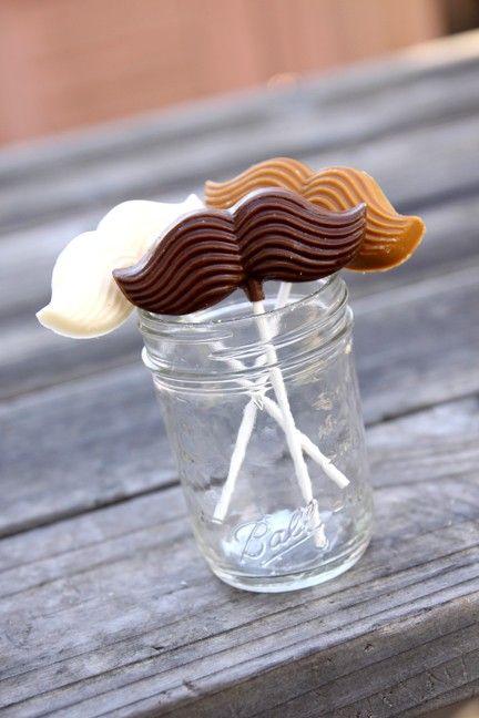 Mustache lollipops!?