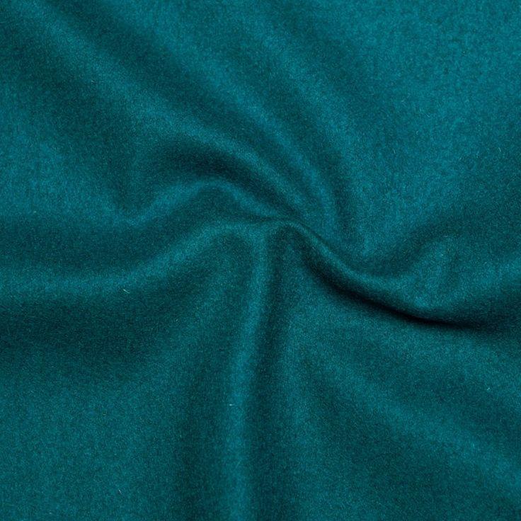 1000 id es propos de robe bleu canard sur pinterest combinaison jaune fauteuil aux bulles. Black Bedroom Furniture Sets. Home Design Ideas